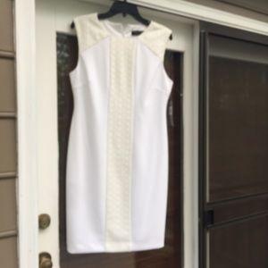 ❤️TAHARI-LEVINE STUDIO White & Cream Sheath Dress